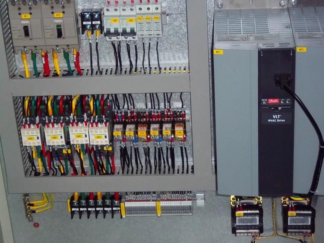 s7-200plc锅炉控制柜内部接线图